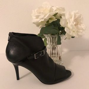 🌺BOGO🌺 Marc Fisher Peep Toe Bootie
